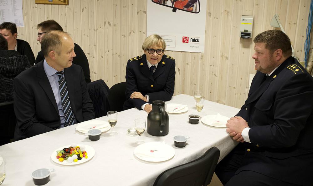 Borgmester Martin Damm, Beredskabsdirektør Helle Søeberg, og Lasse E. Hansen, Chef for forebyggende beredskab. Foto: Jens Nielsen
