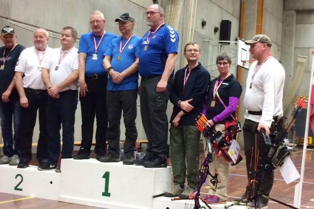 Torben Bold Lindholm, Steen Hjuvler Nielsen og Hanne Christensen på podiet som nr. tre. Privatfoto