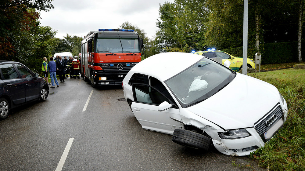 Lerchenfeldvej var helt spærret for trafik mens oprydningsarbejdet stop på. Foto: Jens NIelsen