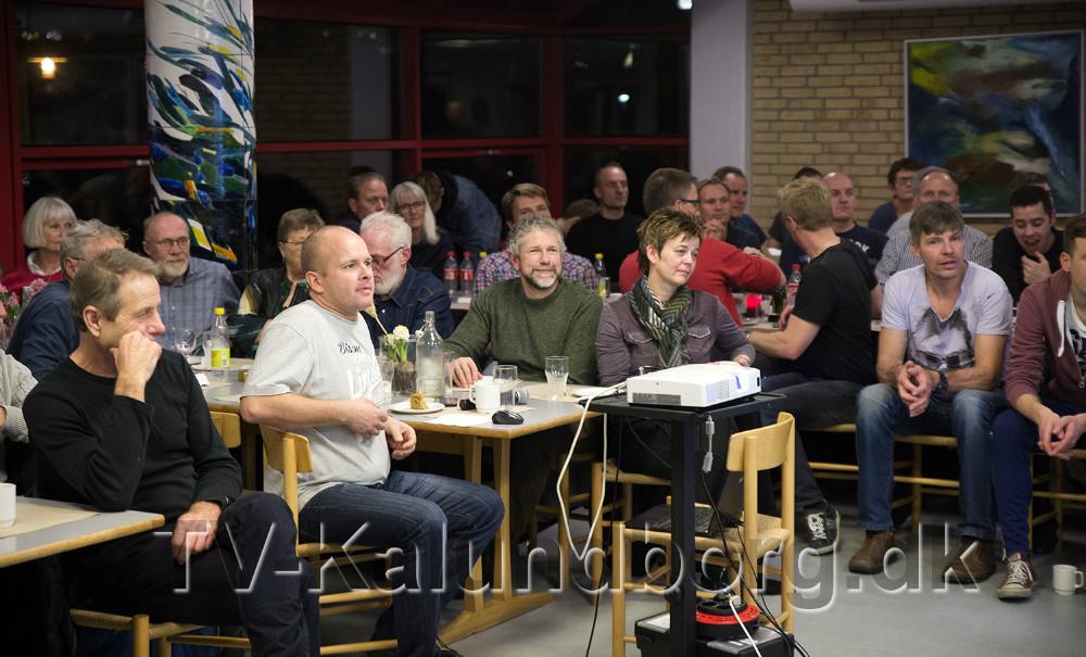 75 var mødt op for at høre om Henrik Djernis´s imponerende karriere. Foto: Jens Nielsen