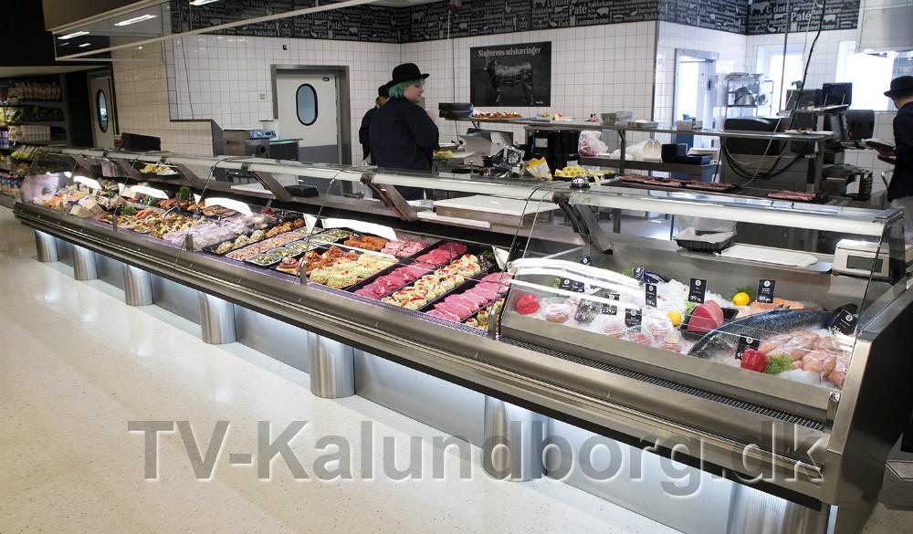 Otte meter helt ny slagterdisk. Foto: Jens Nielsen