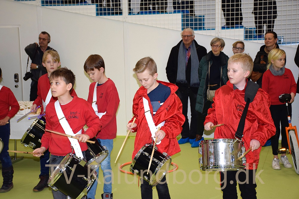 Cirkus Olaiski spillede for alle gæsterne til indvielsen. Foto: Gitte Korsgaard.
