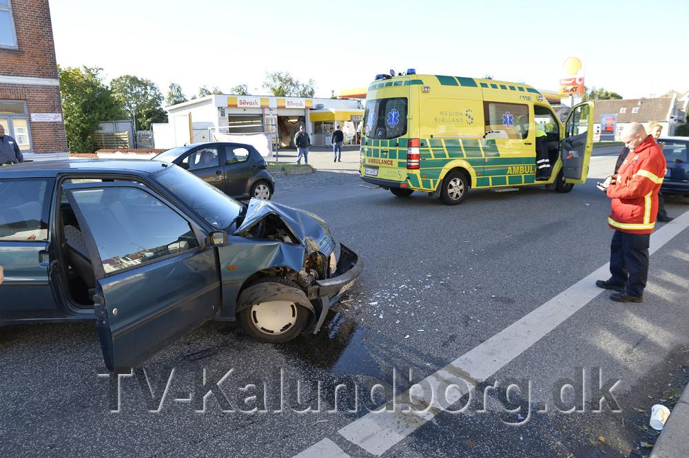 Færdselsuheld tirsdag formiddag på Sct. Jørgensbjerg i Kalundborg. Foto: Jens Nielsen