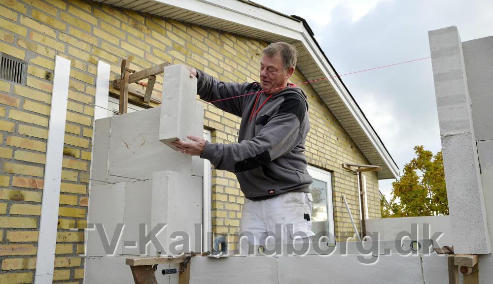 Indehaver af H.A. Byg, Henrik Stibro Andersen, igang med en tilbygning i Kalundborg. Foto: Jens Nielsen