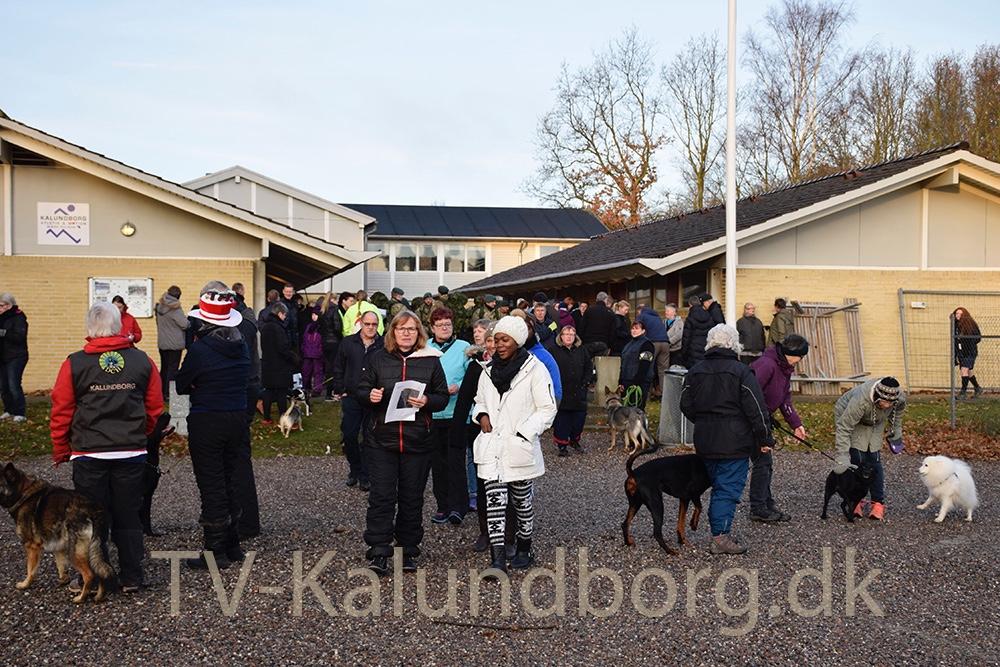 Mere end 200 mennesker var mødt op til den årlige julemærkemarch i Kalundborg. Foto: Gitte Korsgaard.