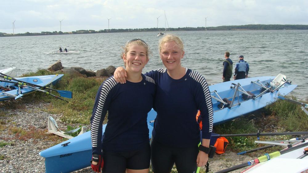 Mette Nissen og Signe Frederiksen. Foto: Kalundborg Roklub
