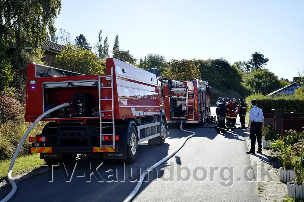 Ild i et redskabsskur på Egernværnet i Kalundborg. Foto: Jens Nielsen