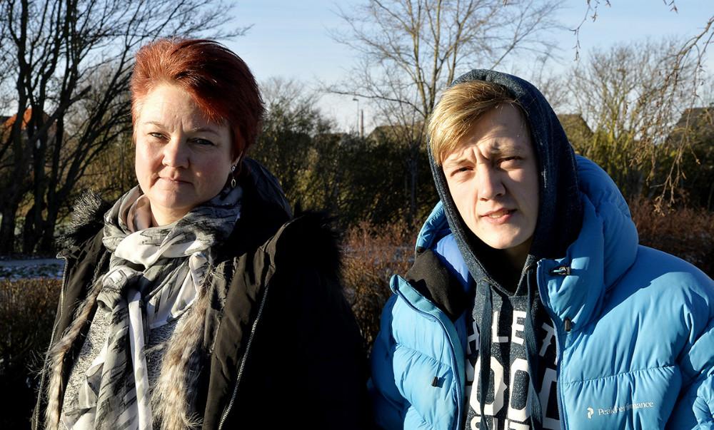 Kasper Larsen sammen med sin mor, Mette Larsen. Foto: Jens Nielsen.