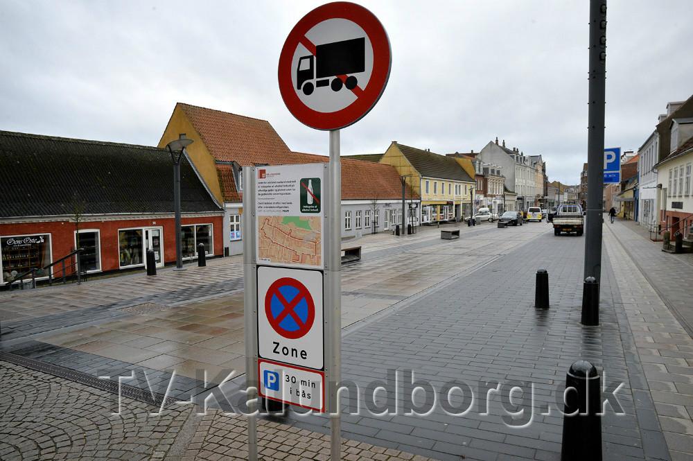 Kørsel og parkering er nu gjort permanent. Foto: Jens Nielsen
