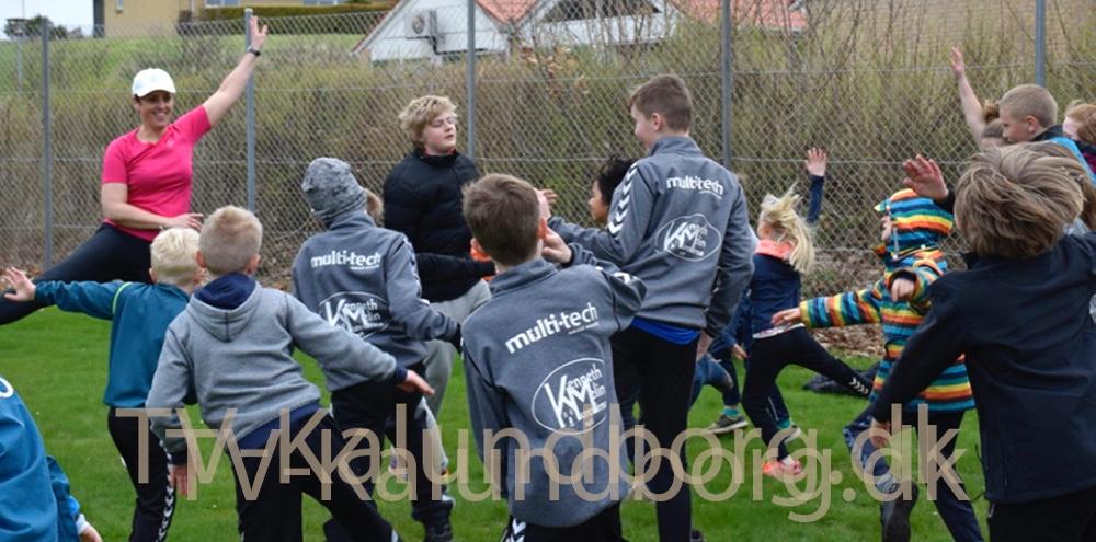 På Røsnæs Skole blev der fredag løbet Rynkebyløb for at samle ind til børn med kritiske lungesygdomme. Foto: Gitte Korsgaard