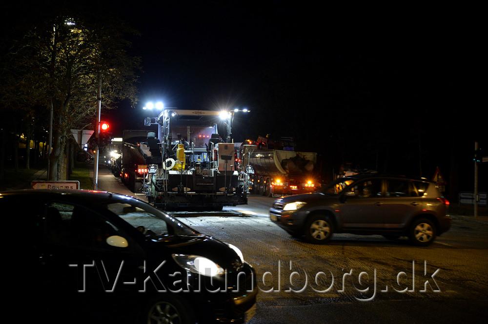 Klosterparkvej har fået ny asfalt, et arbejde som er udført natten til fredag. Foto: Jens Nielsen