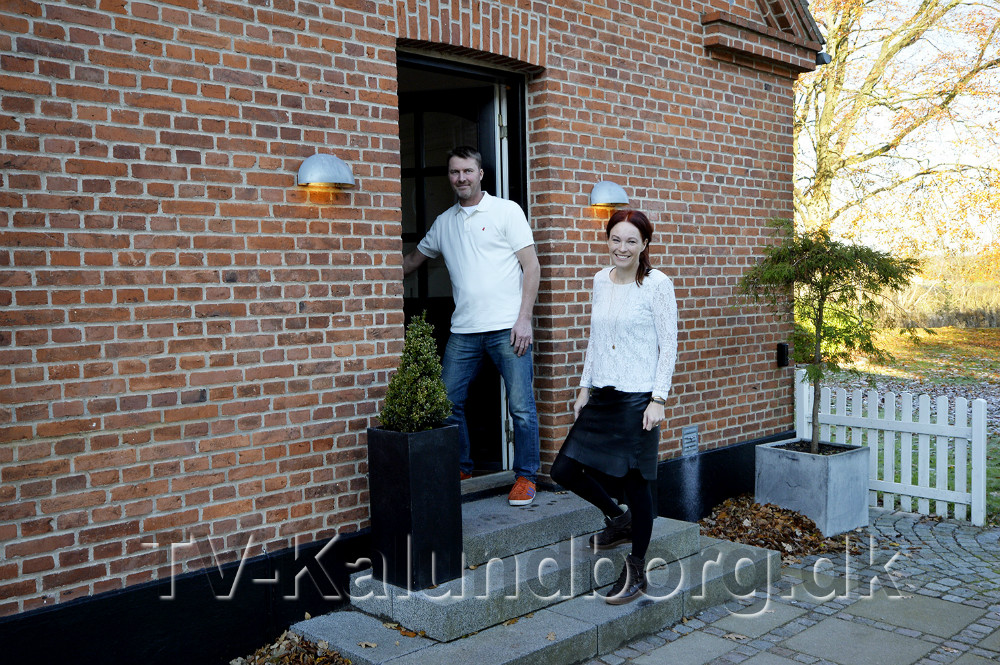 Charlotte og Eskild Junge er flyttet fra deres hus for at få plads til flere gæster på Gaardhotellet. Foto: Jens Nielsen