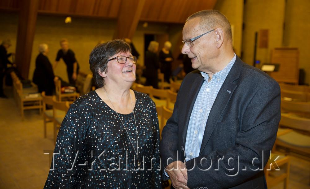 Formand Karin Hansen i snak med Ole Glahn. Foto: Jens Nielsen