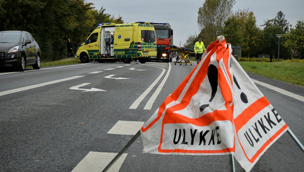 Holbækvej var spærret for al trafik i en lille time. Foto: Jens Nielsen