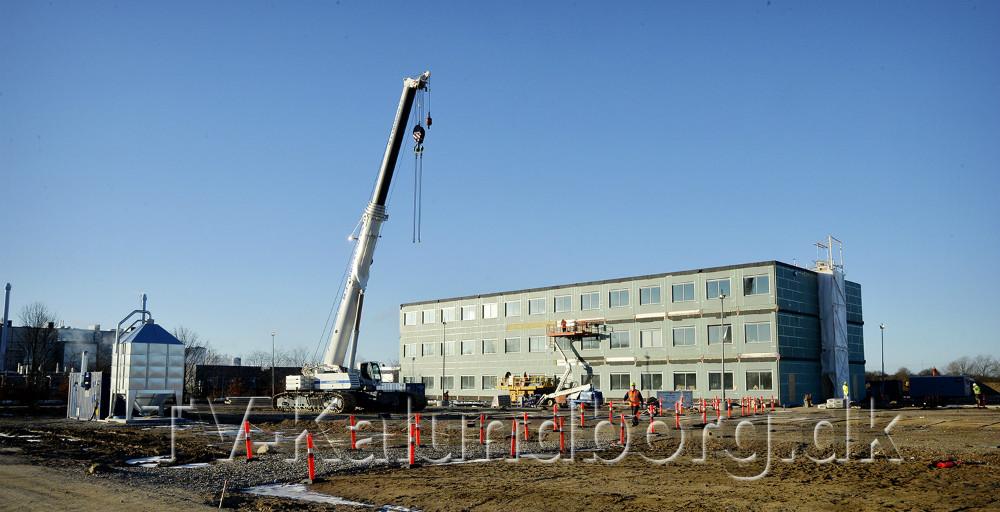 Det nye Novo laboratorium på Stejlhøj skyder i vejret. Foto: Jens Nielsen