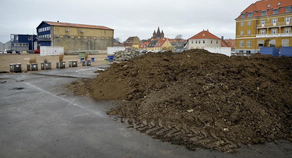 De mere permante løsninger i Havneparken begynder nu at tage form. Foto: Jens Nielsen
