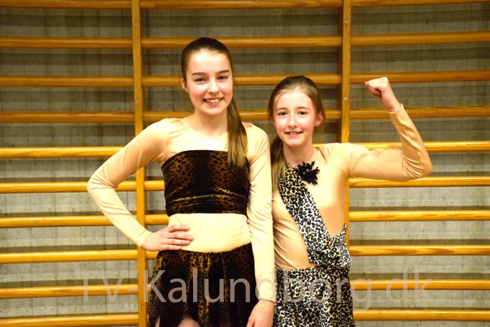 Der var mange fine udklædninger til DM i show og formation i rulleskøjt i Kalundborghallen i dag. Foto: Gitte Korsgaard