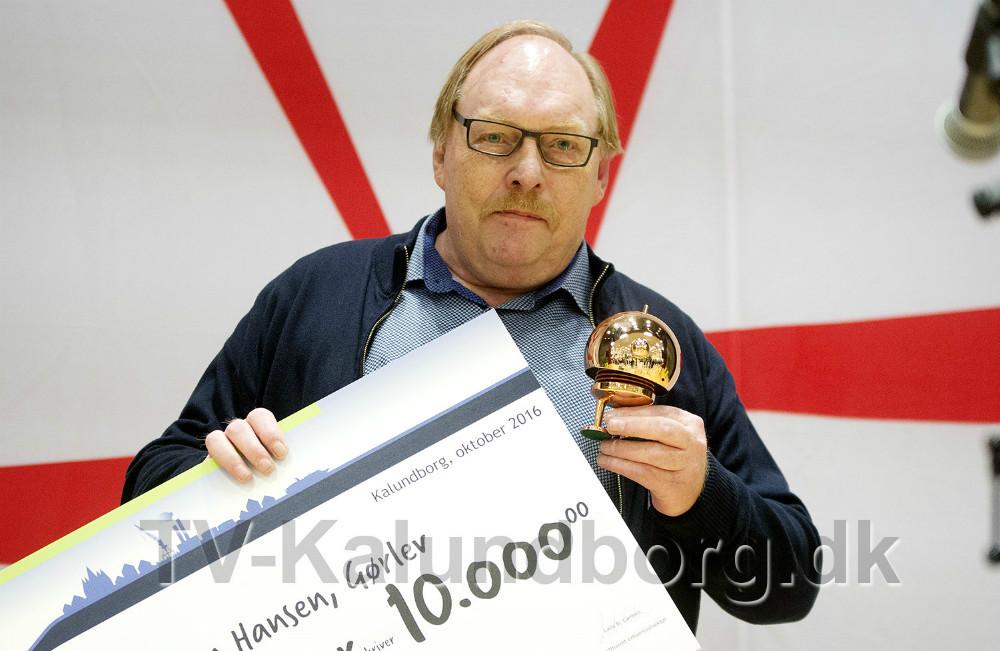 Dan Hansen har doneret 10.000 kr. til store legedag i Gørlev. Foto: Jens Nielsen