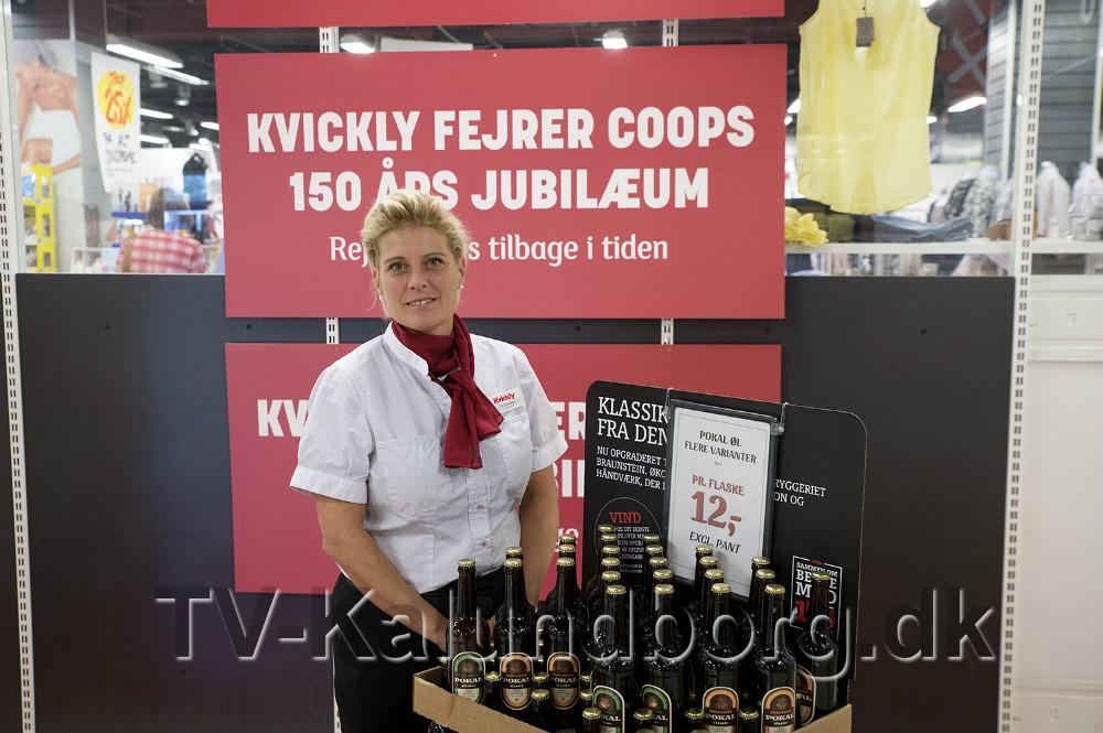Varehuschef Kirsti Thygesen er klar til jubilæumsfest i flere uger. Foto: Jens Nielsen