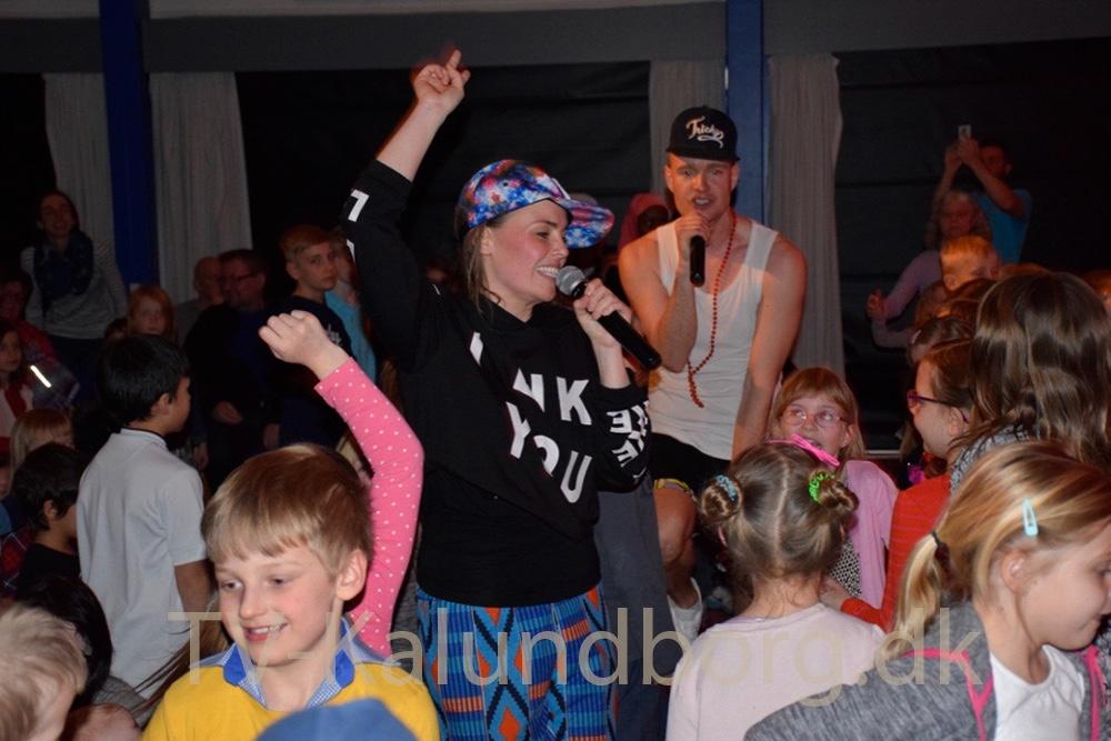 HipSomHap var forbi Musisk Skole i dag - til stor glæde for de mange fremmødte børn. Foto: Gitte Korsgaard