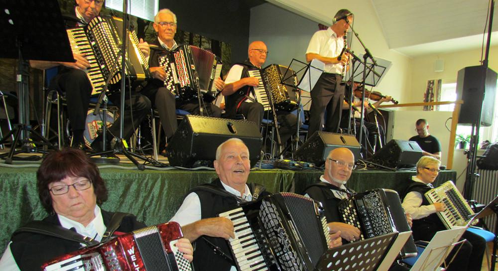 Reersø Harmonikaklub. Privatfoto