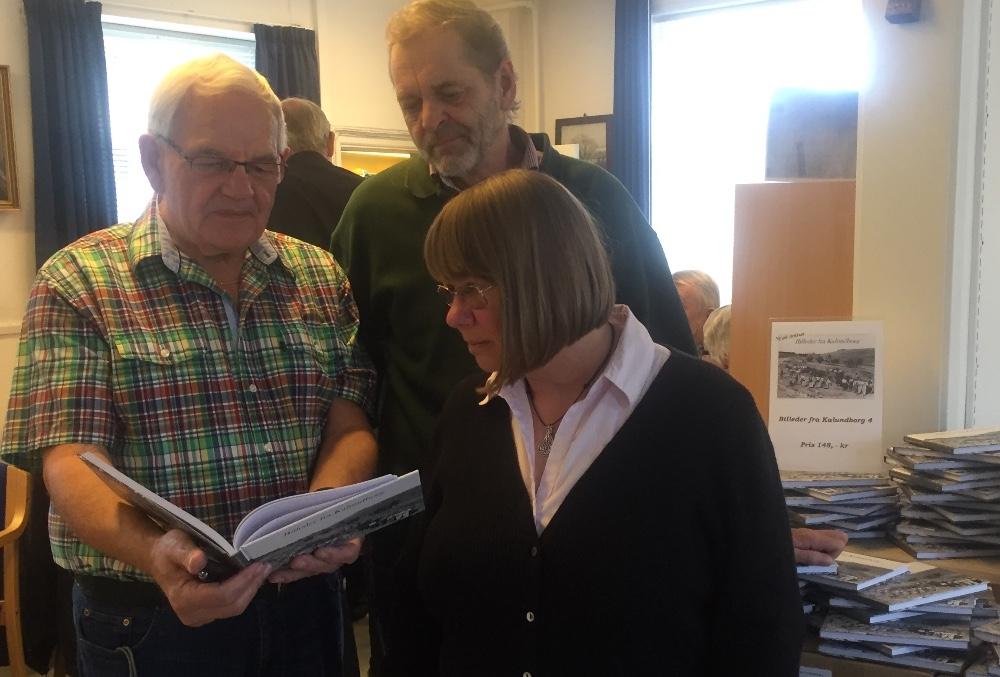 De tre bag den 4. bog i bogserien 'Billeder fra Kalundborg'. Fra venstre: Niels A Jensen, Viggo K. Pedersen og Ulla Hærslev. Foto: Gitte Korsgaard