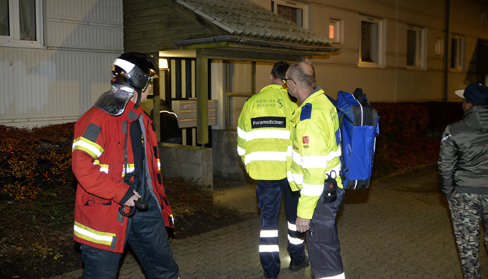 Kælderbrand i Sct. Olaiparken sent mandag aften. Foto: Jens Nielsen