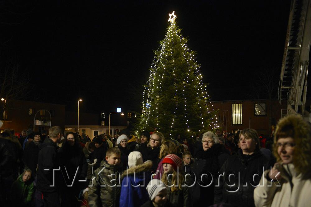 På fredag tændes det store juletræ på Bytorvet i Gørlev. Arkivfoto Jens Nielsen