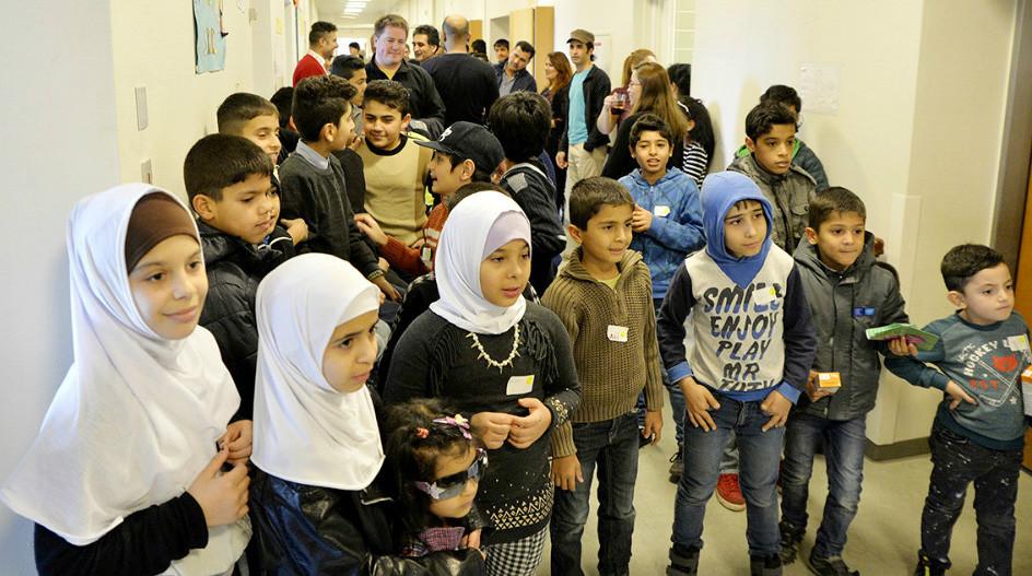 Børn fra asylcentret på det gamle Kalundborg Sygehus skal nu have sved på panden. Foto: Jens Nielsen
