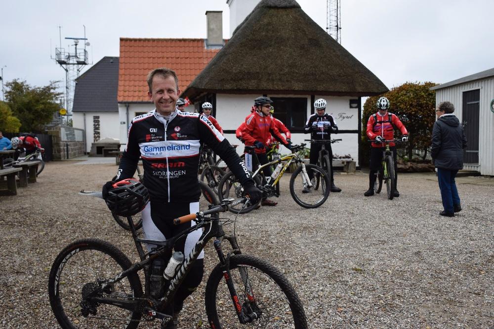 Eske Glad, der er en af dem, der har arrangeret Løvfaldsturen til Røsnæs Fyr i dag. Foto: Gitte Korsgaard.