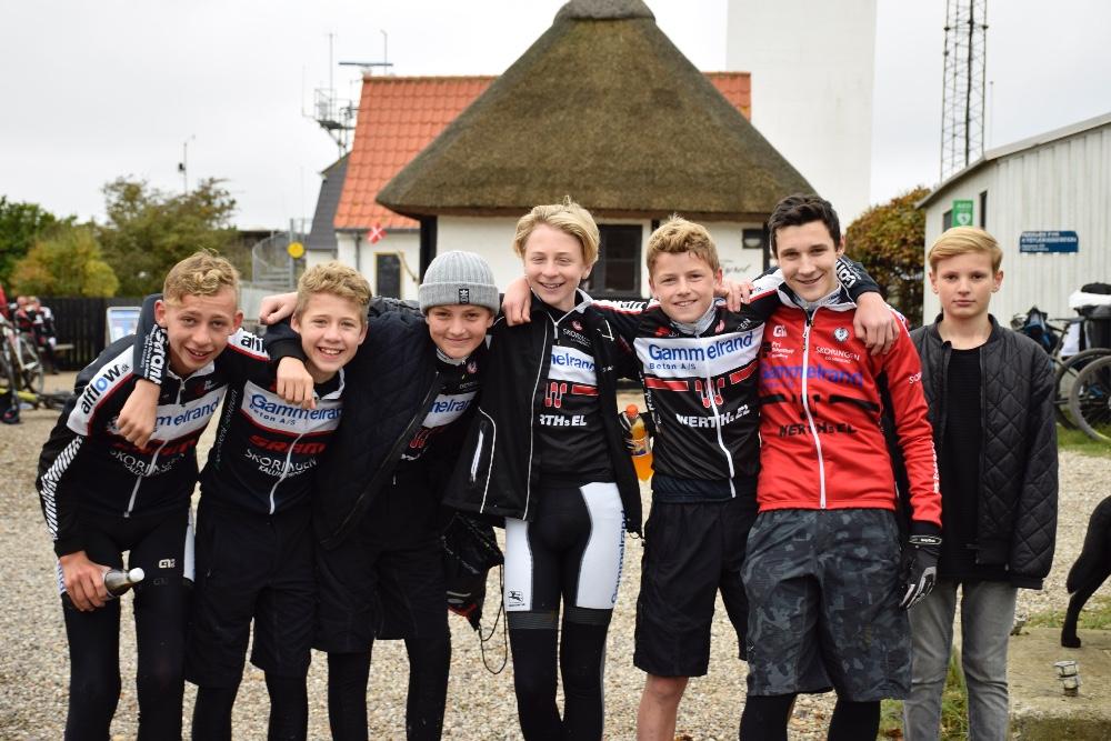 De helt unge var også med Kalundborg Cykle Club på løvfaldstur til Røsnæs Fyr. Foto: Gitte Korsgaard.