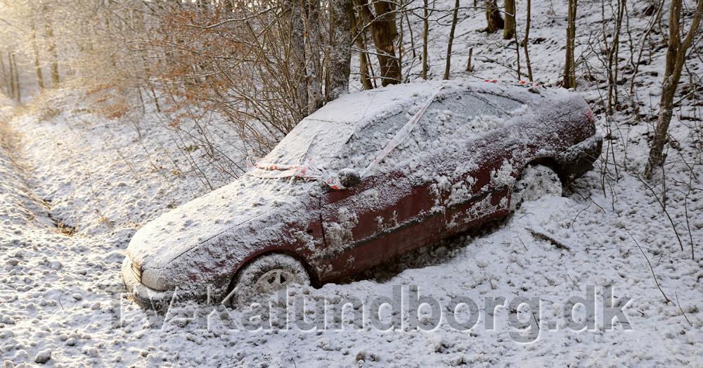 En bilist mistede herredømmet over bilen på Skovvejen ved Bjergsted. Foto: Jens Nielsen