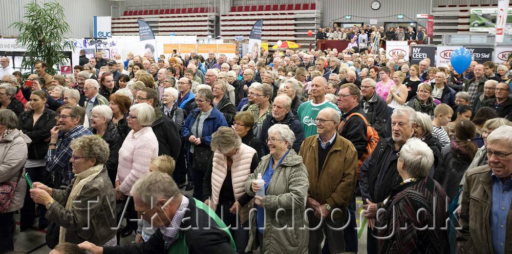 Underholdningen på scenen plejer at trækkemange gæster til. Arkivfoto: Jens Nielsen