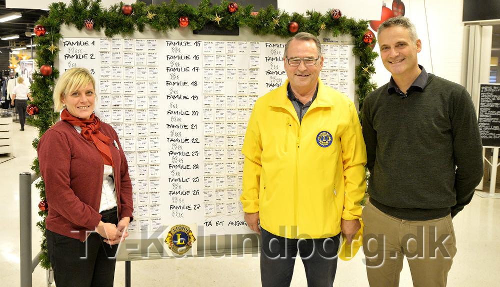 Varehuschef Kirsti Thygesen, Svend Olesen, Lions Kalundborg og formand for Kalundborg Brugsforening, Keld Haapanen. Foto Jens Nielsen