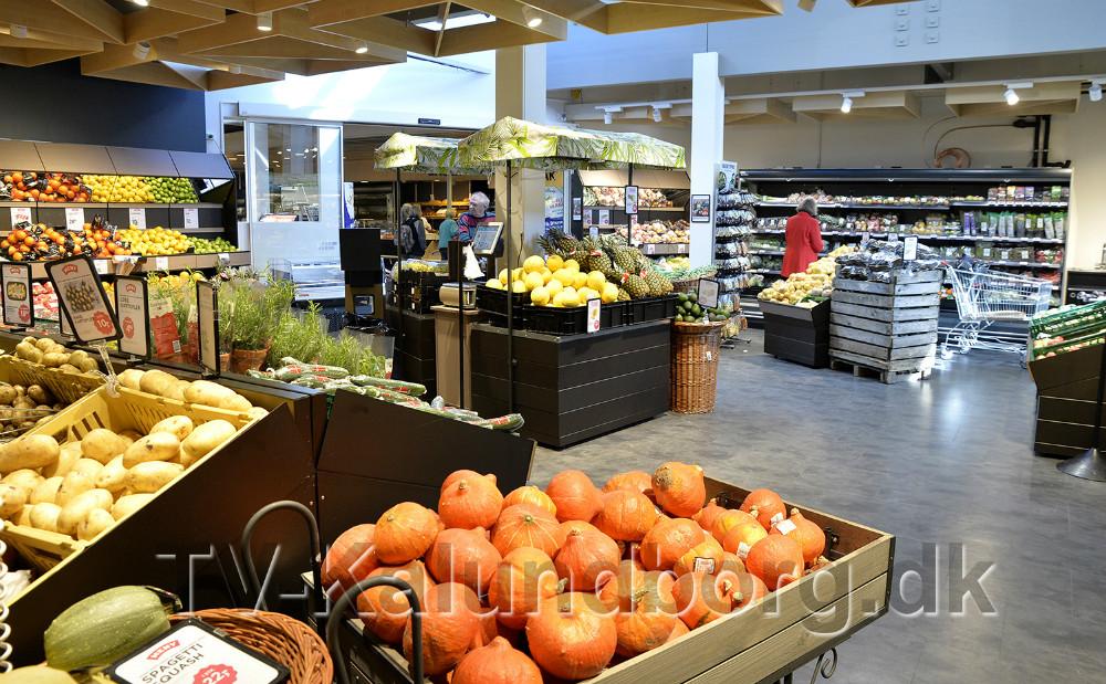 Den store nye frugt og grønt afdeling. Foto: Jens Nielsen