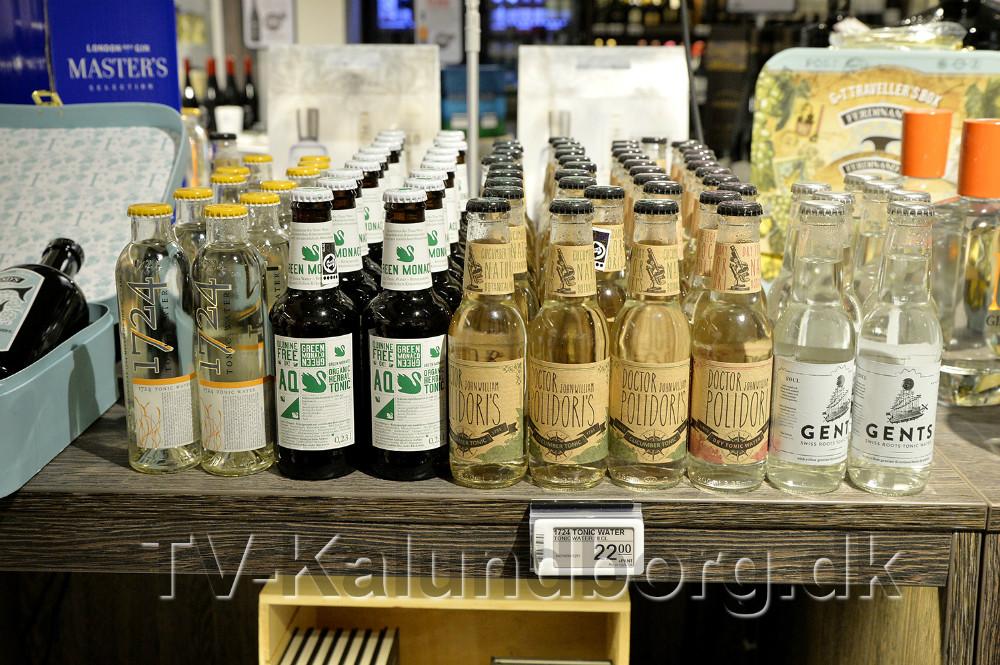 Også udvalget af tonic vand er stort. Foto: Jens Nielsen