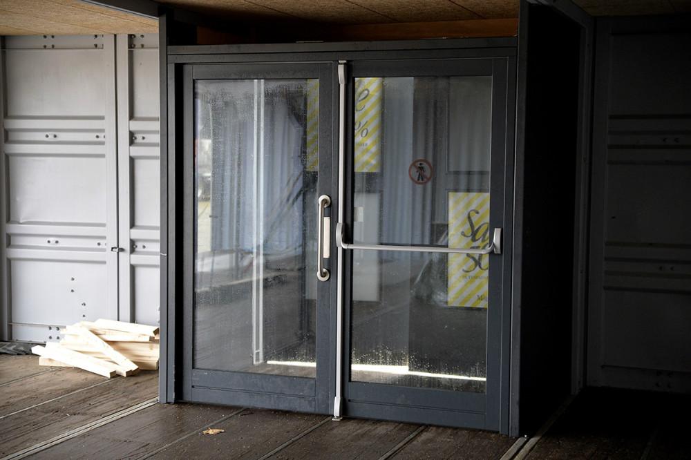 En helt ny forretning på Stejlhøj er bygget på en søndag. Foto: Jens Nielsen