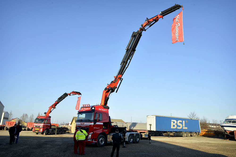 Den nye kranbil blev vist frem. Foto: Jens Nielsen