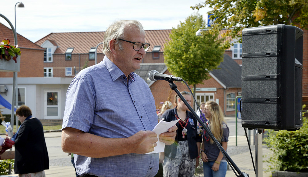 Tidligere borgmester Jørgen Arnam- Olsen åbnede kulturdagen. Foto: Jens Nielsen