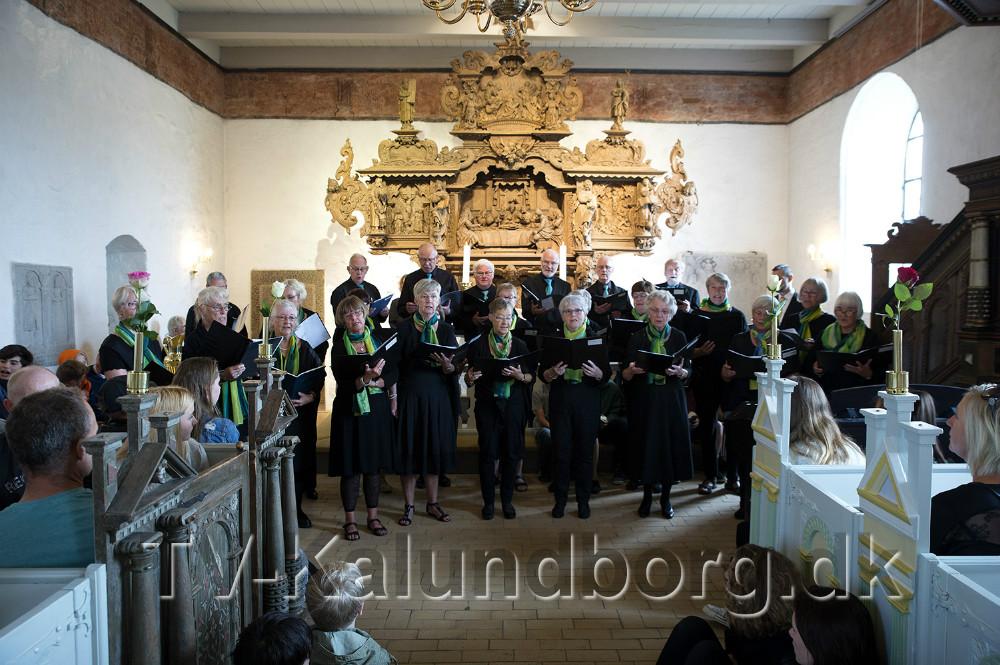 Sognekorte underholder. Foto: Jens Nielsen