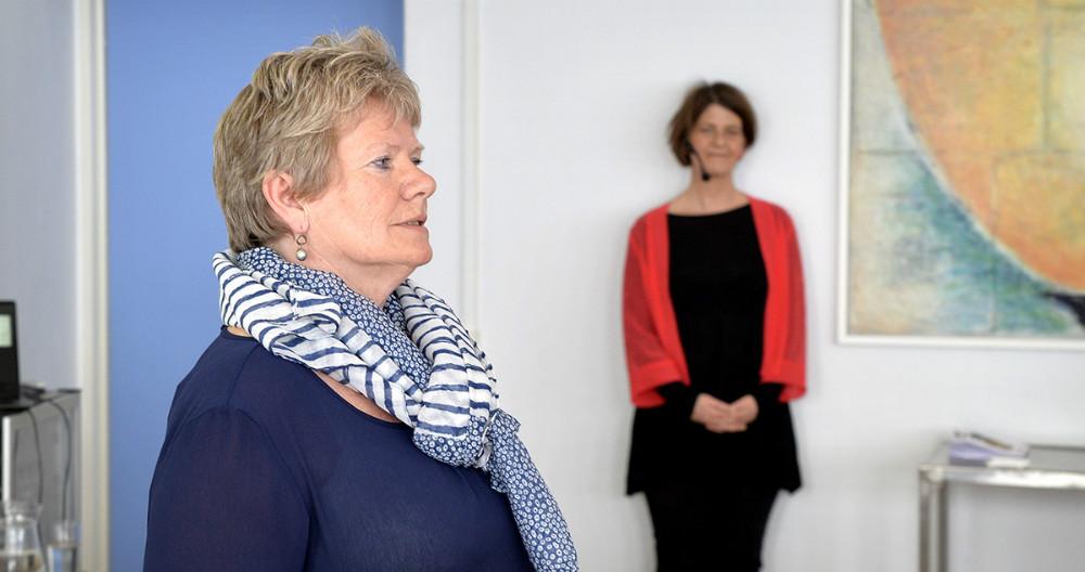 Demenskonsulent Kise Bugge bød velkommen. Foto: Jens Nielsen