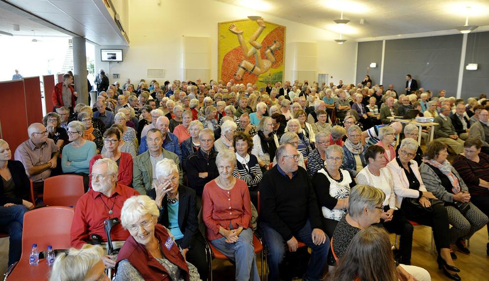 Godt 300 frivillige var mødt op til prisoverrækelsen. Foto: Jens Nielsen