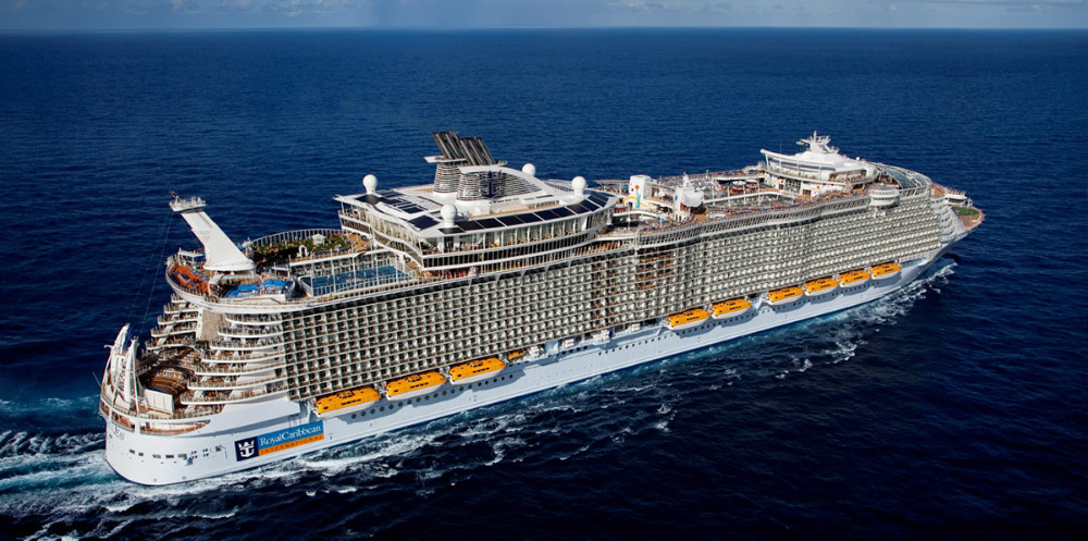 Allure of the Seas, er 361 meter langt, og hører til blandt de aller største krydstogtskibe i verden, den er den størrelse skibe Kalundborg Havn arbejder på skal komme til kaj i Kalundborg.