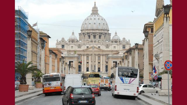 Vatikanet har udsendt retningslinjer for behandling af misbrugssager