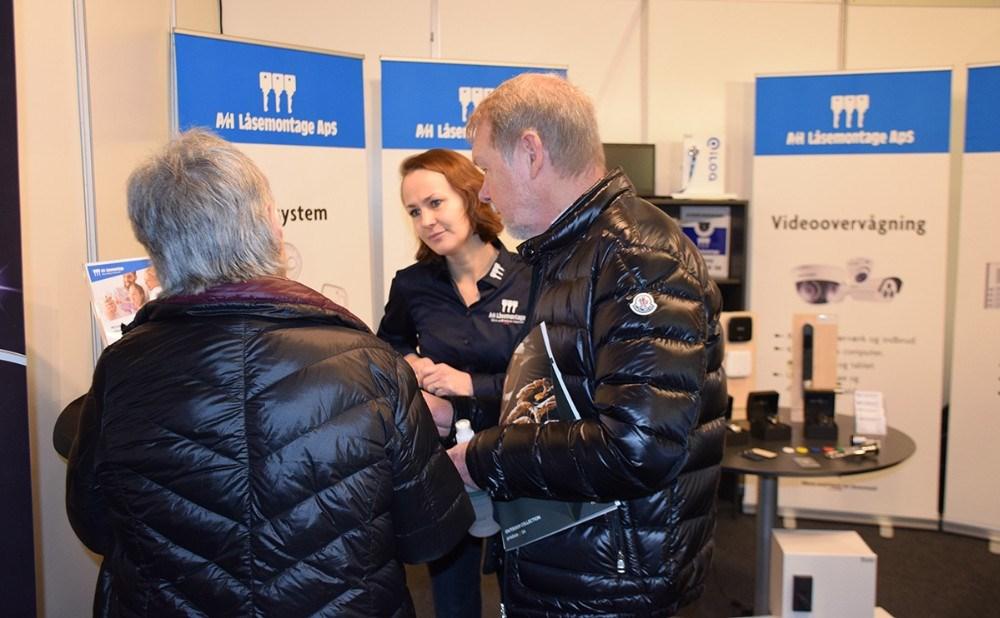 Jannie Falsing fra A/H Låsemontage fortæller om virksomheden, der er forholdsvis ny i Kalundborg. Foto: Gitte Korsgaard.