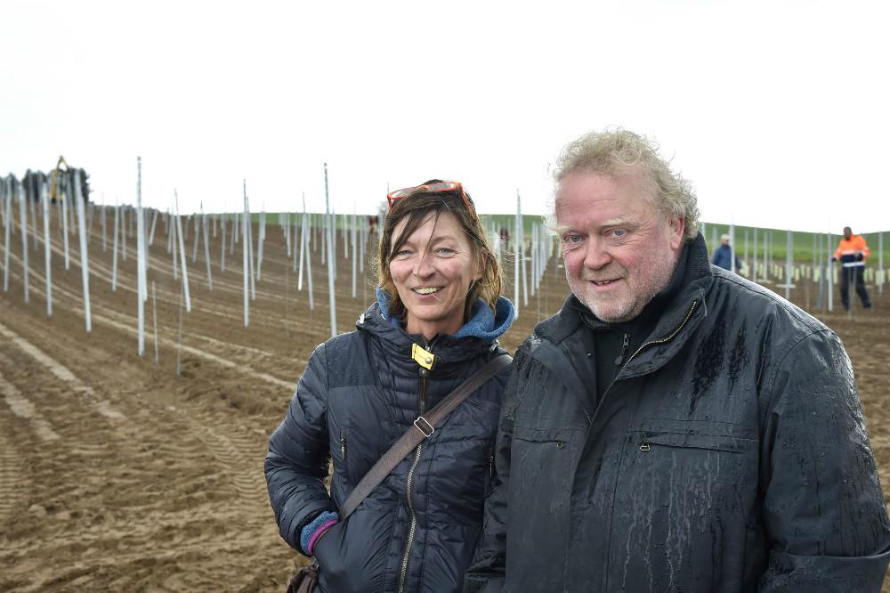Lise og Povl Barfod er nye vinbønder på Røsnæs. Foto Jens Nielsen