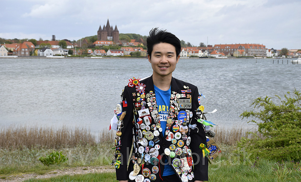 Kasidit Triyakul,(Jom)fra Thailand er udvekslingsstudent gennem Rotary Klub i Kalundborg, hvor han har boet i otte måneder. Foto: Gitte Korsgaard.
