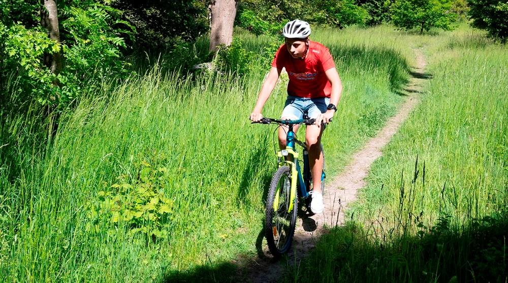 Mathias fra 2.B. havde valgt mountainbike til bevægelsesdagen. Foto: Jens Nielsen