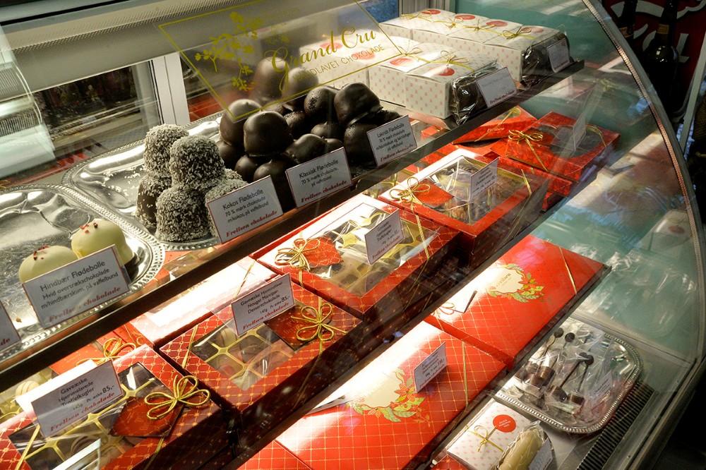 Masser af lækker chokolade fra Frelsen. Foto: Jens Nielsen