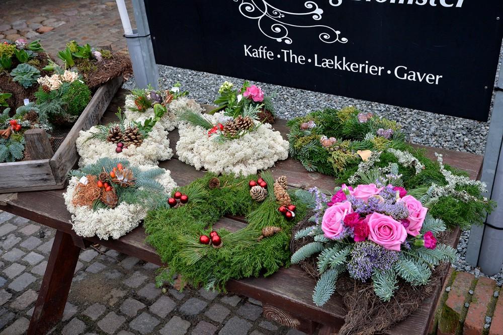 Kirkegårdspynten er håndlavet. Foto: Jens Nielsen